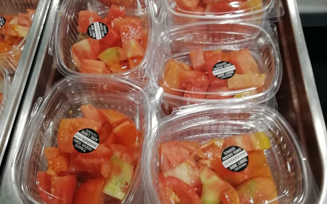 """El tomate """"Huevo Toro"""" en el menú del Hospital Regional Universitario de Málaga, conoce sus propiedades."""